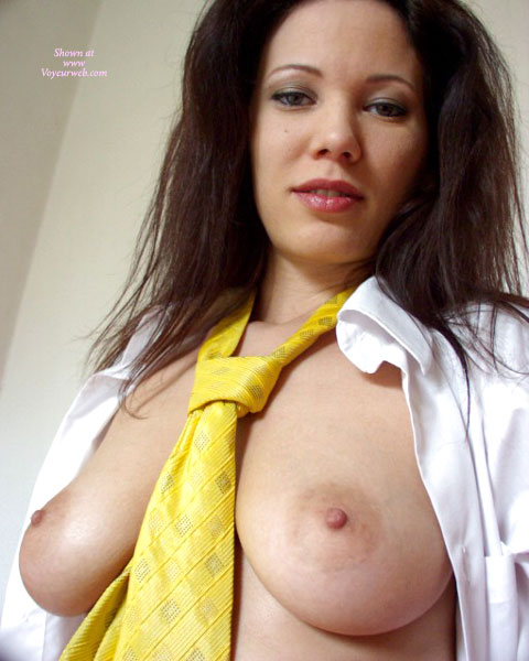 Pic #1Angelina - Yellow Tie