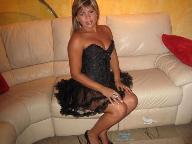 Un Poco Mas De Cristina , I Send A Little To You But Cristina  Os Mando Un Poco Mas De Cristina .