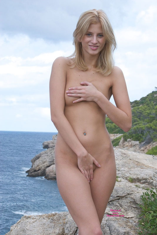 Shy Nude Girl Covering Tits And Covering Pussy With Her Hands - Blonde Hair, Long Hair, Navel Piercing, Small Tits, Naked Girl, Nude Amateur, Sexy Girl , Venus With Piercing, Smiling Nude Blonde, Hand Bra And Panties, Covering Her Pussy, Slender Blonde, Aphrodite Pose