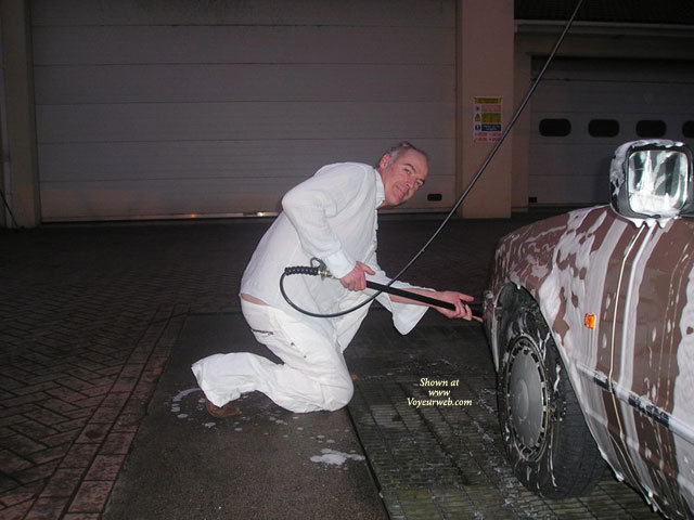 Nige's Carwash Featuring ...... , To All The UK Girls. In Reply To A Call For Help, Being A Gentleman, I Couldn't Resist. As Thanks For This An Unexpected Event Happened. Can You Recognize My Photographer??????