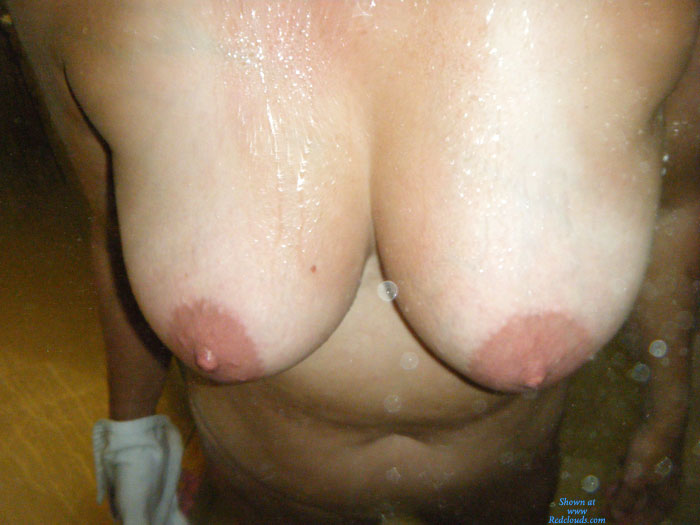 Pic #1Big Titted Shower Fun