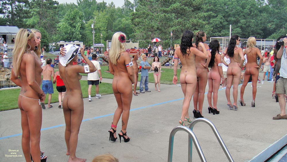 Naked girls on stage