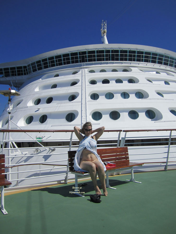 Naked In Front Of Cruise Ships Bridge August Voyeur Web - Cruise ship naked