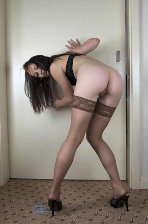Peek A Boo Pussy Between Her Llegs - Stockings, Bald Pussy, Nude Amateur, Sexy Legs , Stockings, No Panties, Bent Over, Thigh Highs, Bottomless Amateur, Black Bra, Nude Stockings, Bending Over, In Front Of A Door