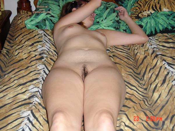 Pic #1 Wife In Tiger Bed