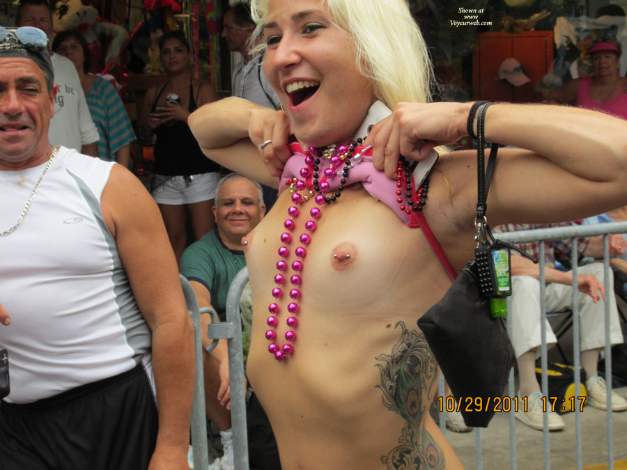 Flashing Her Pierced Nipples - Flashing, Pierced Nipples , Tits, Tats, Beads And Pierced Nips, Large Tattoo, Tit Flashing Hottie, Flashing Tits In Public, Voyeur Flasher, Festival Voyeur, Skinny Girl Flashing, Pink Erect Puffies