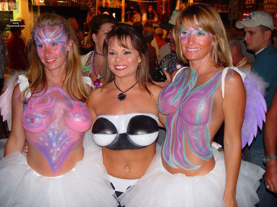 Three Painted Topless Ladies - Topless , 3 Sets Of Tits, Intricate Body Painting, Body Paint In Public, Three At Once Tonight, 6 Big Titties, Big Boobs, Topless Ladies, Six Pack, Event Voyeur, Six In A Row