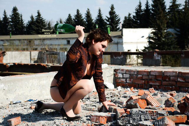 Hot Bulgaria , Say Hiiiiiii Rozaaaa