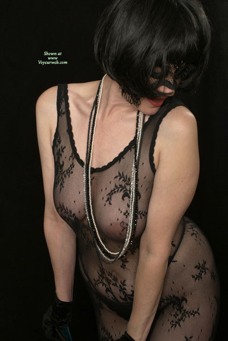 Introducing The Masked Milf - April, 2007 - Voyeur Web Hall Of Fame-9282