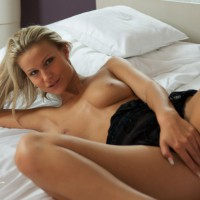 Blond Chick On Bed Legs Spread Covering Pussy - Blonde Hair, Long Hair, Long Legs, Spread Legs, Topless, Looking At The Camera , Lying On Bed, Lying Back In Bed Topless And Bottomless, Nice Smile, Topless In Bed, Covering Pussy, Topless Amateur