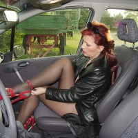 Lady E Getting Nude In A Car , Erika Prepairs Herself For Strangers She Want To Suck Off In Parking Lots
