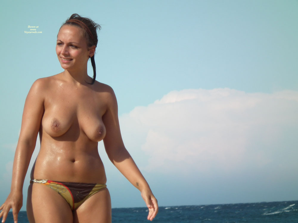 Topless Dans Le Sud , Photos De Jolies Filles Dans Le Sud De La France