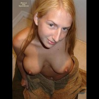 Jill´s Boobies And More , Young And Horny With Big Tits And Firm Body And Blonde Hair - Thats What Men Want And Thats What Jill Is ;-) Send Nice Comments, Jill Is Horny But Sensible...