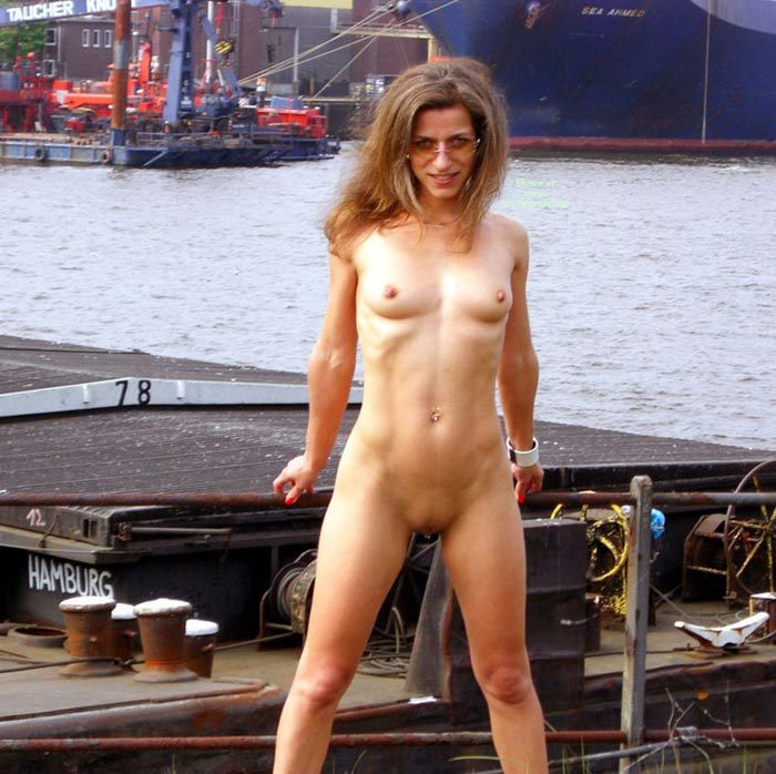 Naked At The Docks - April, 2007 - Voyeur Web Hall Of Fame-5228
