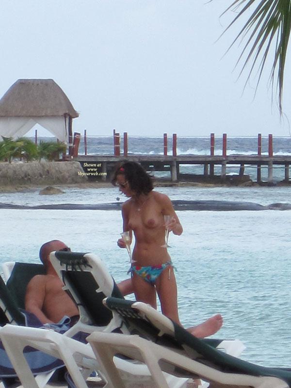 Nude pics playa del carmen — photo 5