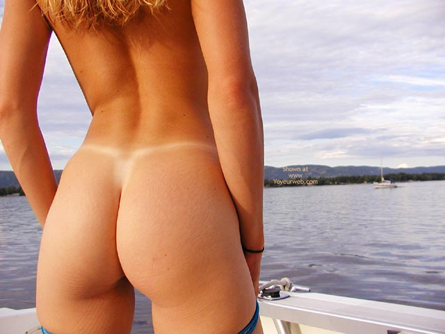 Pic #1 *Bo Sweetclitty Boating On The River
