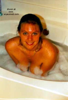 Pic #1 Busty Bubbles