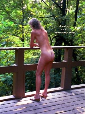 Pic #1 Naked4fun
