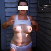 Lizbell & The Outdoor Shower