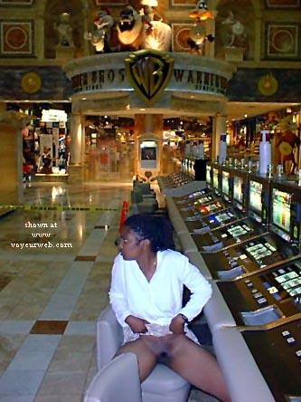 Pic #1 Showing in Vegas