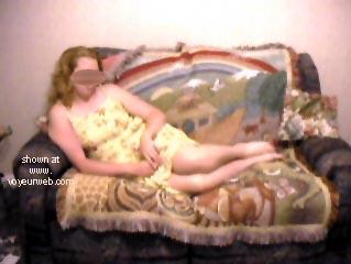 Pic #1 Blondie Goes Voyeur