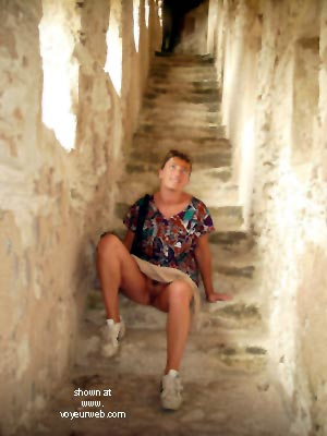Pic #1 Cathy En Corse