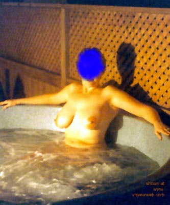 Pic #1 Nude      Spa Wife