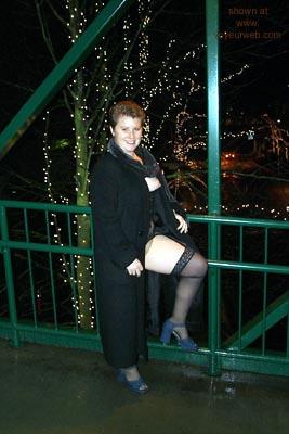 Pic #1 Vegas      Redhead