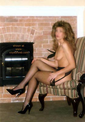 Pic #1 Sondra      at the Inn 1