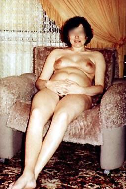 Pic #1 Blazena      Pregnant