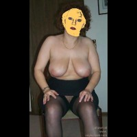 43yo      wife angelika