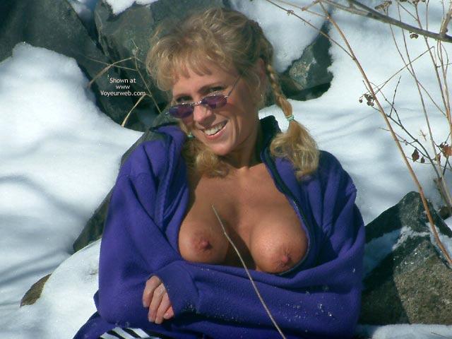 Sunglasses - Erect Nipples, Flashing Tits, Sunglasses , Sunglasses, Flashing Tits, Erected Nipples, Mature Tits, Winter Shot
