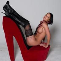 Red Shoe Diaries , Lauren Has Fun On A Red Shoe