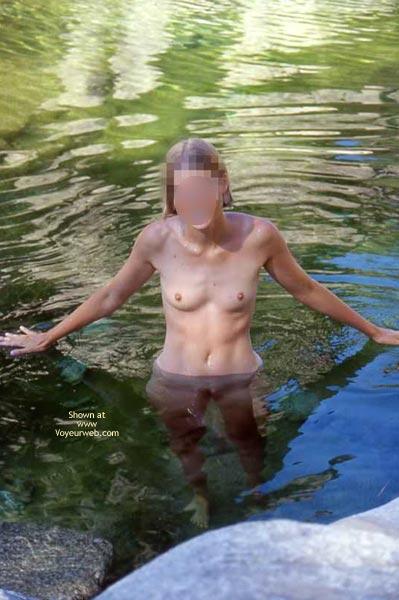 Pic #1 Claudia Auf Korsika