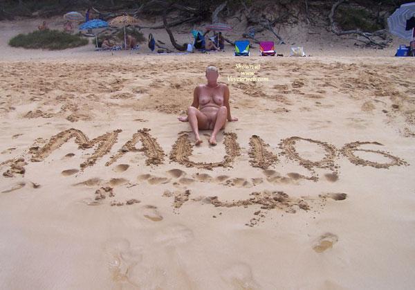 Pic #1Maui Naked