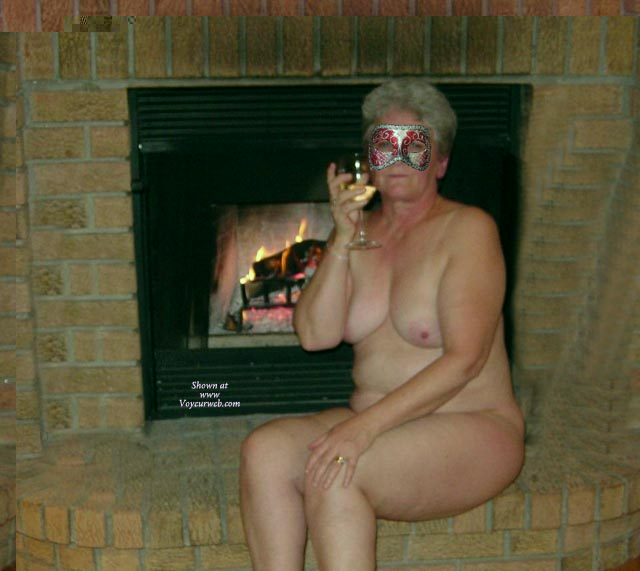 Pic #160 Year Old Bbw By The Fire