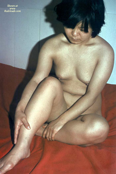 Pic #1Shy Asian Nude 2