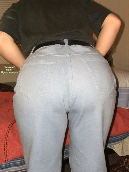 Shy Girlfriend's Tush , I Think My 39 Year Old Girlfriend Has A Great Ass.  She Disagrees And Is Always Putting Herself Down.  So After A Day Working, She Was Getting Ready To Get In The Shower And I Decided To Take Some Pictures Of Her Taking Off Her Jeans.  She's Letting Me Send These In, But She Doesn't Think She'll Get Any Nice Comments.  Help Me Prove Her Wrong, Guys!