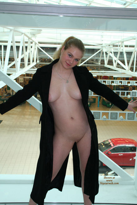 Nude Shopping - Flashing, Pale Skin, Shaved Pussy, Naked Girl, Nude Amateur , Pale Skin, Round Face, Out And Sexy, Naked Shopping, Large Tits, Nude On Ramp, Flashing In A Knee-length Black Coat, Dd Breasts