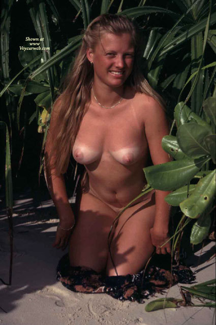 Kneeling Frontal Nude Outdoors - Brown Hair, Large Aerolas, Long Hair, Tan Lines, Naked Girl, Nude Amateur , Naked In Shrubs With Tanlines, Hair Cascading Over Her Shoulder, Large Pink Areolas, Medium Sized Breasts, Nude Beach Girl, Stripping In The Undergrowth, Medium Sized Areolas And Nipples, Smiling To Camera