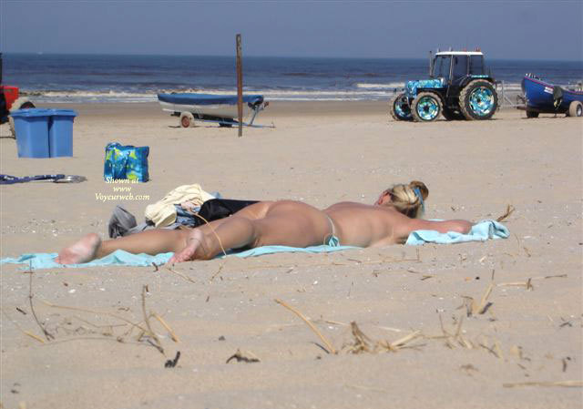 Dutch Beach , As A Real Thong- And Buttlover I Spotted Two People At One Day On The Coast Of Holland; Lucky Me!