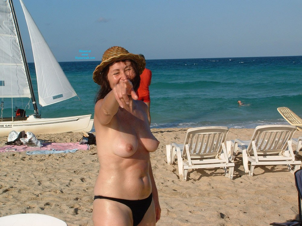 Santa Maria Beach in Cuba - Big Tits, Beach Voyeur , Just Happened To Have My Camera