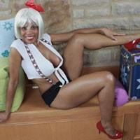 Hola Kitty - Big Tits, Ebony , Just A Little Fun With A Cute Fashion That I Enjoy.