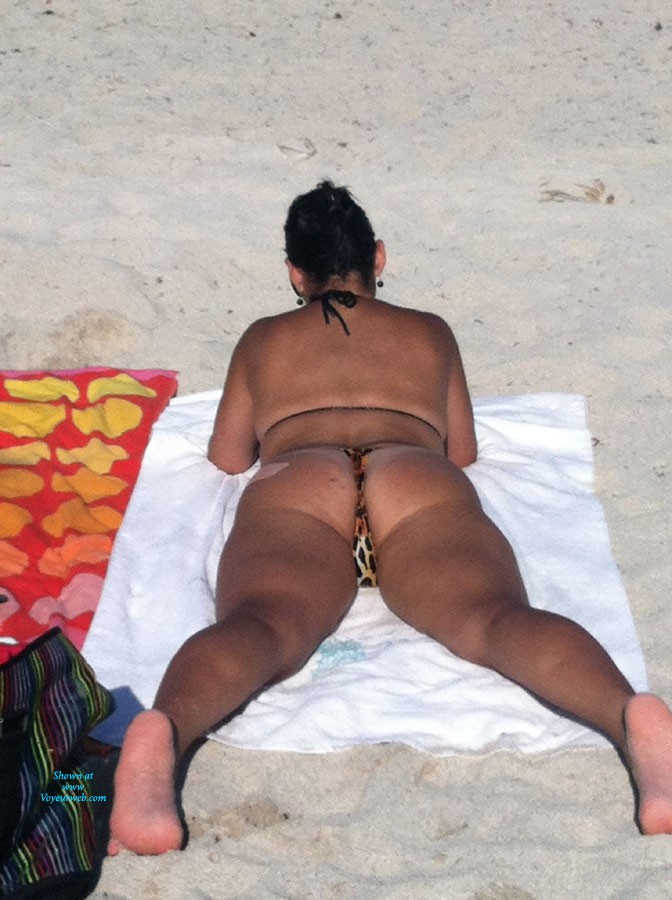 Pic #1Miami Beach - Beach, Bikini Voyeur, Big Tits, Brunette, Public Place, Wife/wives