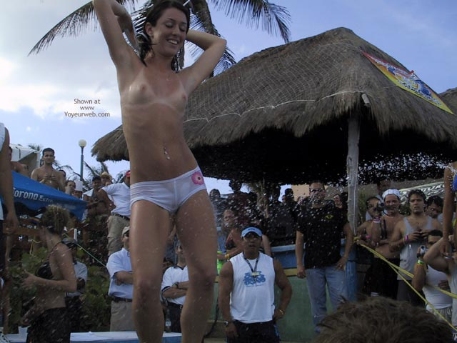 Pic #1 Cancun 2003 Spring Break : Bikini Contest I
