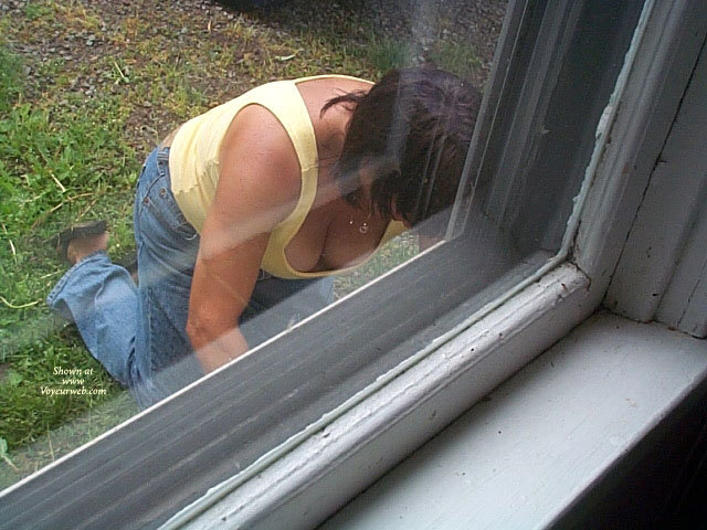 image Window voyeur 10 of 1000