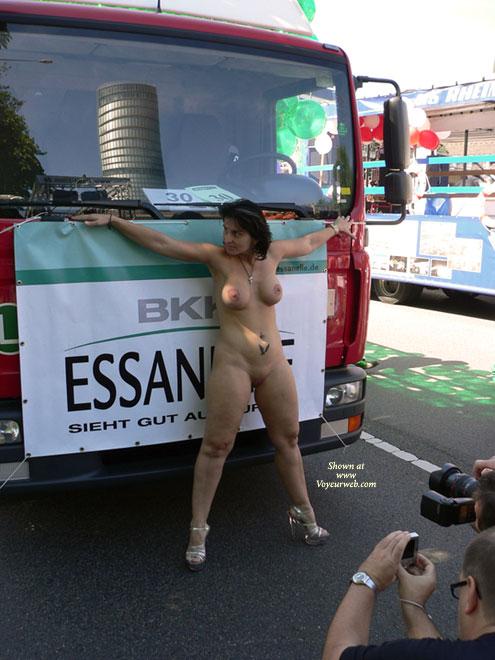 Lesbians in loveparade at berlin 2006 - 2 2