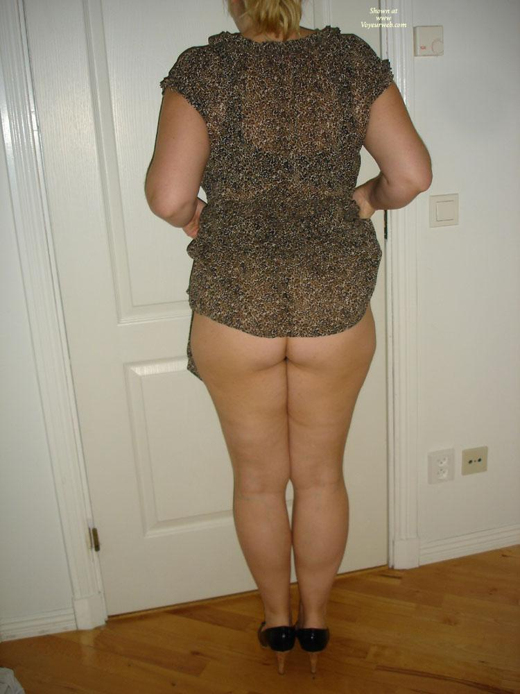 Pic #1 My Wifes Upskirt - Wife/wives, Dressed