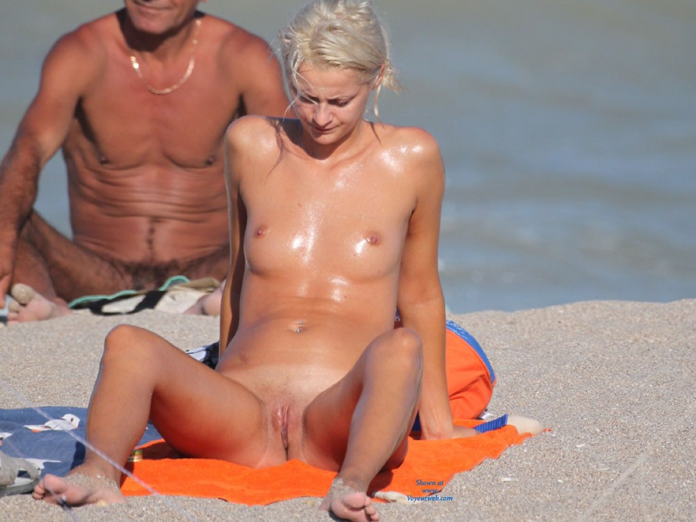Horny Blonde - Blonde Hair, Beach Voyeur , Spreading Like This Is Like An Invitation..