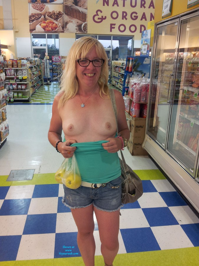 My Girl GG - Blonde Hair, Exposed In Public, Flashing, Natural Tits, Nude In Public, Pussy Lips, Shaved, Small Tits, Wife/wives, Dressed